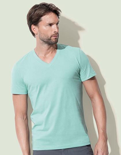 James Organic V-Neck - Basic T-Shirts - V-Neck - Stedman® Black Opal